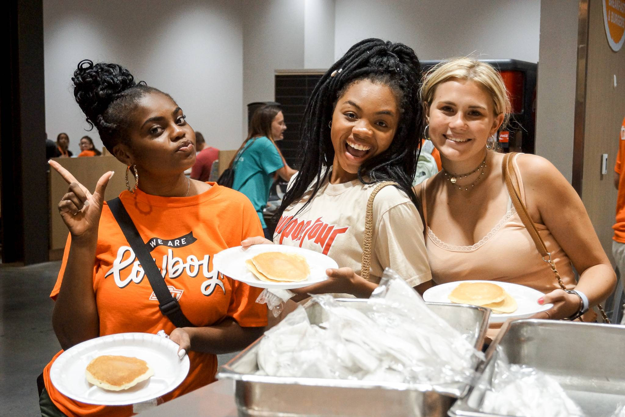 Students enjoying pancakes at Late Night Cafe: Welcome Week Edition
